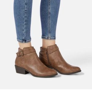 JUSTFAB brown booties
